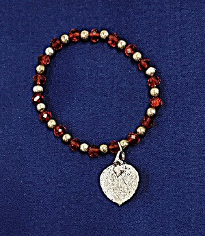 Aspen Leaf and Beads Bracelet Red & Silver